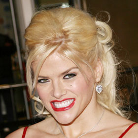 Supreme Court Rules Against Anna Nicole Smith Estate