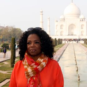 Oprah's Guards Scuffle With Indian Journalists