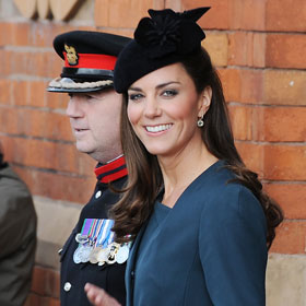 Kate Middleton Accompanies Queen On Diamond Jubilee Tour In Leicester