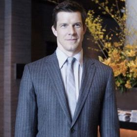 EXCLUSIVE: Eric Mabius: Parker Posey 'Inhabits Her Own Universe'