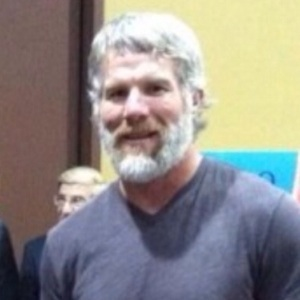Brett Favre Is Bearded And Jacked In Retirement