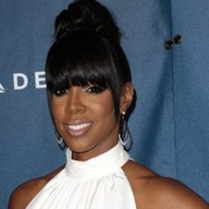 Kelly Rowland Welcomes Son With Husband Tim Witherspoon
