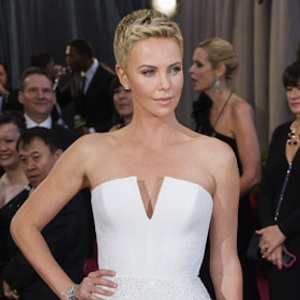 Charlize Theron Is Recovering From Minor Neck Surgery
