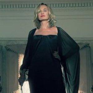 'American Horror Story'™ Season 4 Spoilers: Jessica Lange To Return; Set In 1950s