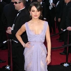 Oscars Red Carpet: Mila Kunis In Lavender