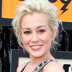VIDEO: Kellie Pickler Guest Stars On 90210