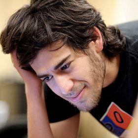 Co-Founder Of Reddit And Internet Activist Aaron Swartz Dies At 26