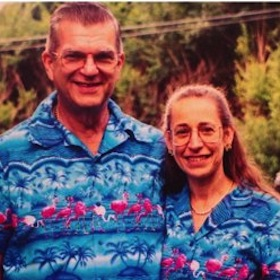 Donald And Nancy Featherstone Mark 35 Years Of Wearing Matching Outfits