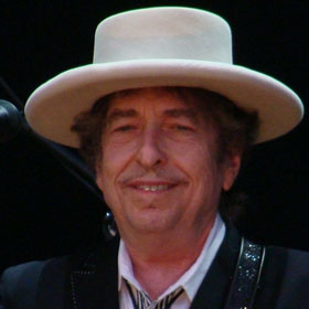 VIDEO: Bob Dylan Receives Presidential Medal of Freedom