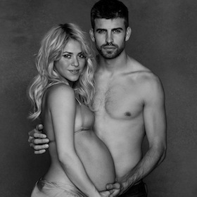 PHOTO: Shakira And Gerard Pique Go Naked Showing Her Baby Bump For Charity