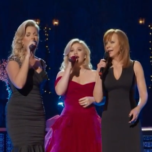 Kelly Clarkson Releases 'Silent Night' Video With Trisha Yearwood & Reba McEntire