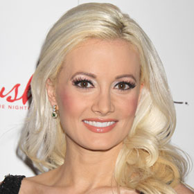 Holly Madison Marries Pasquale Rotella In Disneyland Wedding