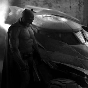 Ben Affleck As Batman Photo Hits Twitter