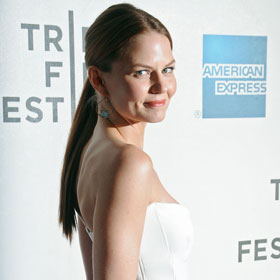 Jennifer Morrison Wears Donna Karan To Tribeca Premiere Of 'Knife Fight'