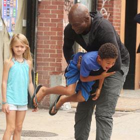 Seal Picks Up His Kids From Heidi Klum