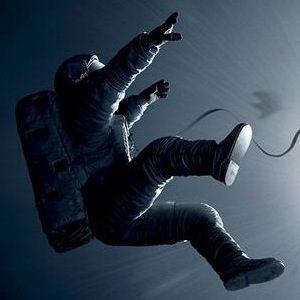 'Gravity' Review Roundup: Sandra Bullock Drama Thrills With Accuracy And Breathtaking Storytelling