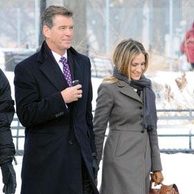 Sarah Jessica Parker And Pierce Brosnan Brave New York's Cold