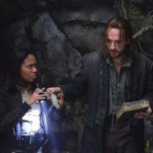 'Sleepy Hollow' Recap: Abbie Saves Ichabod From Death; James Frain & John Noble Guest Star
