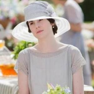 'Downton Abbey'€™ Recap: Lady Mary Fends Off Two Suitors; Bates Kills Green