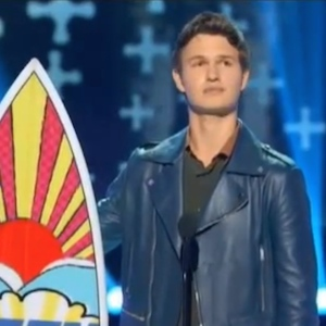 '2014 Teen Choice Awards' Recap: 'The Fault In Our Stars' Wins Big, Selena Gomez Takes Home Ultimate Choice Award [SLIDESHOW]