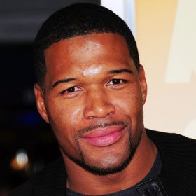 Michael Strahan Debuts In The Retitled 'Live! With Kelly & Michael'