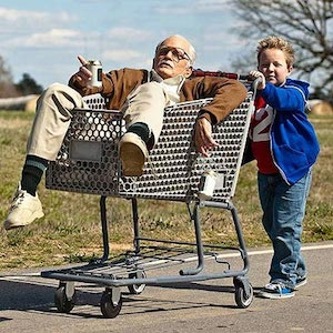 'Jackass Presents: Bad Grandpa' Review Roundup: Johnny Knoxville Flick Gets Mixed Response From Critics