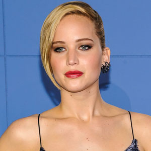 Nude Photos Of Jennifer Lawrence And Other Female Celebrities Leaked