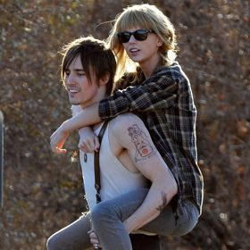 Taylor Swift Gets A Ride From Reeve Carney