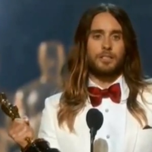 Jared Leto Wins Oscar For Best Supporting Actor, Thanks His Mother And Dedicates Award To 'All The Dreamers'