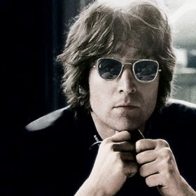 Fans Celebrate John Lennon's Birthday