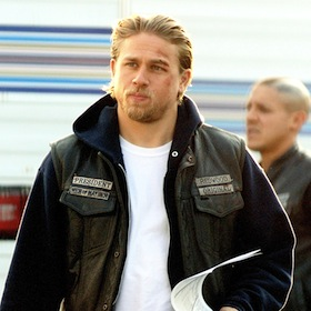 Charlie Hunnam On 'Sons Of Anarchy' Set Day Of Season Premiere