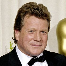 Actor Ryan O'Neal Reveals Stage 2 Prostate Cancer Diagnosis