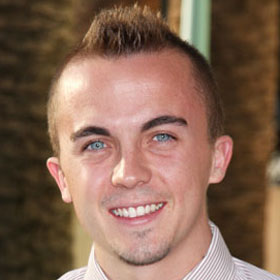 Frankie Muniz Suffers 'Mini-Stroke,' Recovering In Arizona