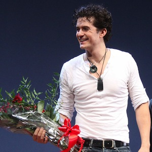 Orlando Bloom Makes Broadway Debut In 'Romeo & Juliet'; Miranda Kerr Attends