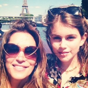 Cindy Crawford Pulls Kids Out Of School Due To PCB Contamination