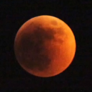 Blood Moon To Appear Tonight: Total Lunar Eclipse Visible