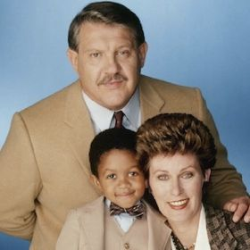 NFL Legend And Actor Alex Karras Is Dead At 77