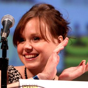Alison Pill Of 'The Newsroom' Mistakenly Tweets Topless Photo