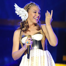 Kylie Minogue Looks Heavenly On Tour