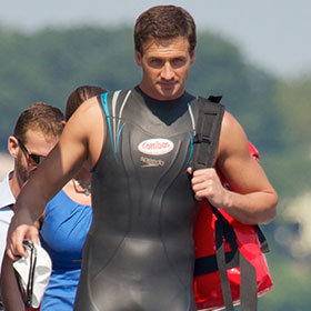 Ryan Lochte Swims In Hudson River For 'World's Most Epic Pizza Delivery'