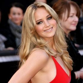 Oscars Red Carpet: Jennifer Lawrence In Red