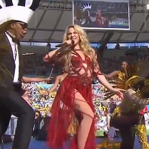 "Shakira Performs ""La La La (Brazil 2014)"" At 2014 World Cup Closing Ceremony"