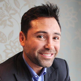 Oscar De La Hoya Checks Himself Into Rehab