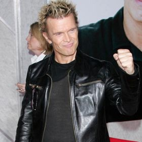 Billy Idol To Play Fan's Birthday And Fundraiser After Two-Year Campaign