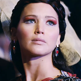 'The Hunger Games: Catching Fire' Review: Peeta Steps Up, Jennifer Lawrence Doesn't Disappoint