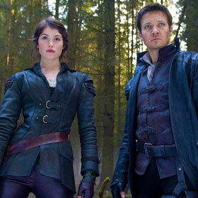 'Hansel and Gretel: Witch Hunters' Movie Review:There Will Be (Lots) Of Blood