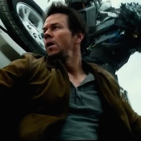 'Transformers: Age Of Extinction' Blu-Ray Review: Michael Bay's Lates Still Can't Transform Itself Into A Decent Movie