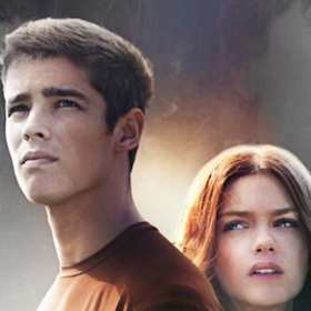'The Giver' Review: Brenton Thwaits, Meryl Streep Breathe New Life Into Lowis Lowry's Characters