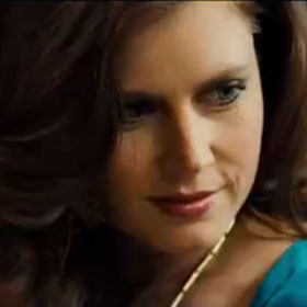 'American Hustle' Review: Amy Adams Stuns