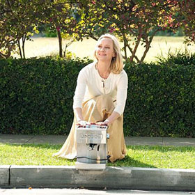 'Save Me' TV Review: Plagued By Sitcom Clichés